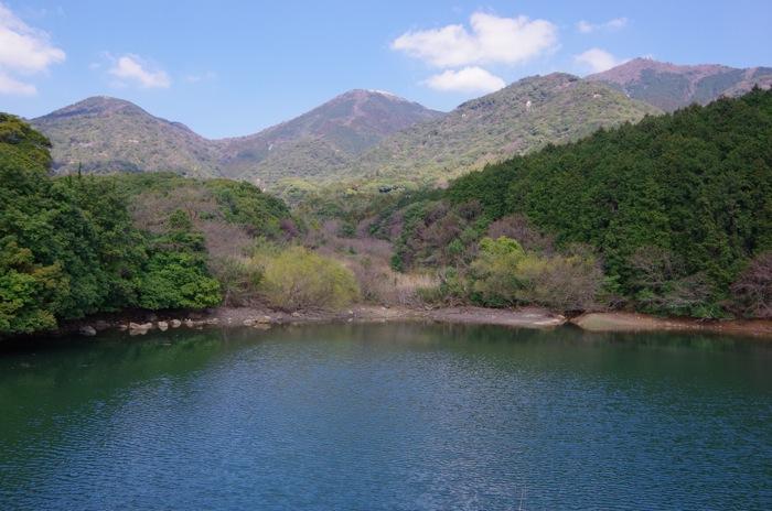 庚申窯裏の池